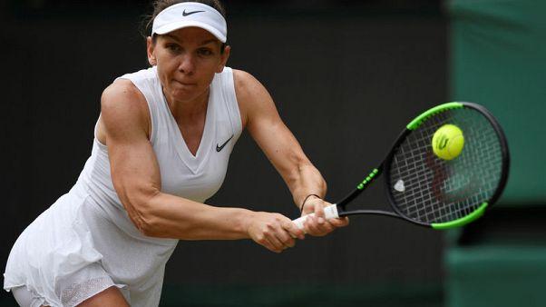 Halep steers steady path into Wimbledon semis