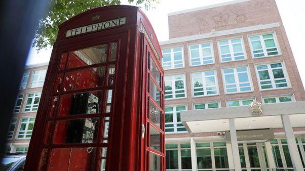 استقالة السفير البريطاني بواشنطن بسبب مراسلات مسربة