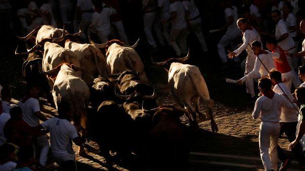 سبعة مصابين في اليوم الخامس من مهرجان الثيران بإسبانيا