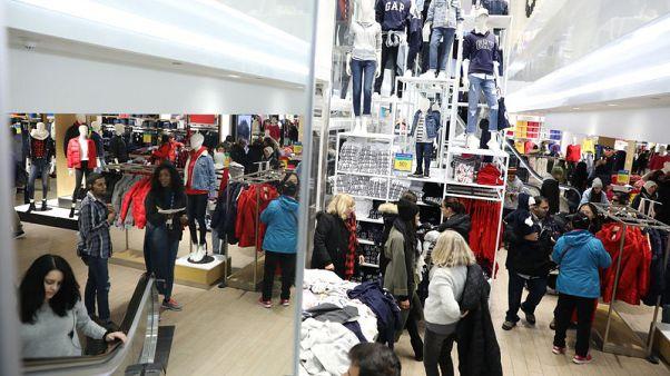أسعار المستهلكين الأمريكيين تسجل أكبر زيادة في نحو عام ونصف