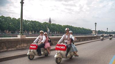 Da Piacenza a Napoli in Vespa