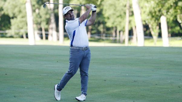 Golf - Dream start drives Diaz to John Deere lead