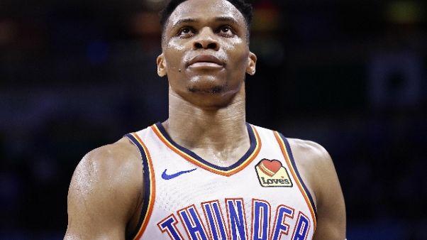 Basket: Nba, Westbrook va a Houston