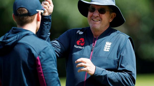 England coach Bayliss to step down regardless of Ashes result