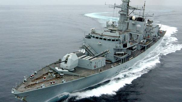 بريطانيا تستبدل سفينة حربية في الخليج للحفاظ على وجود مستمر هناك