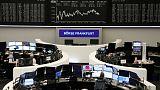 الأسهم الأوروبية تغلق مستقرة لكنها تنهي سلسلة من 5 أسابيع من المكاسب