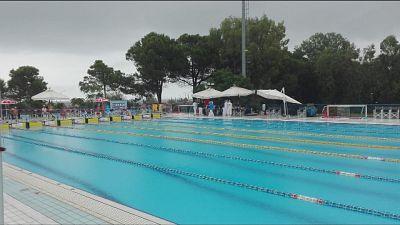 Maltempo Pescara, gare piscina, blackout
