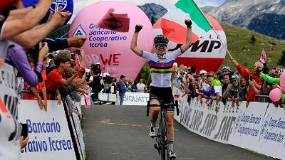 Giro Rosa: festa Van der Breggen