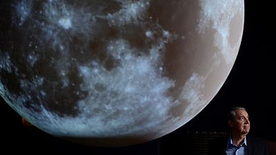 Robots to install telescopes to peer into cosmos from the moon