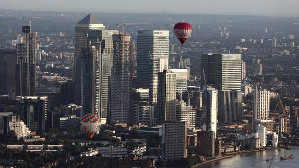UK banks say business investment slowing further ahead of Brexit