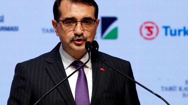 وزير الطاقة: تركيا سترسل سفينة رابعة إلى شرق البحر المتوسط
