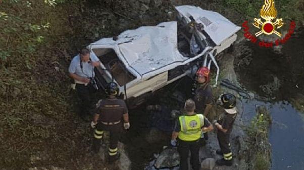 Auto in torrente, due morti a Pistoia