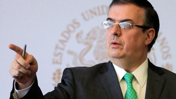وزير خارجية المكسيك يبحث قضية الهجرة مع نظيره الأمريكي يوم الأحد