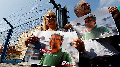 محكمة تركية تبرئ ممثل منظمة مراسلون بلا حدود واثنين آخرين