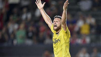 Arsenal strike late to beat Bayern in ICC match