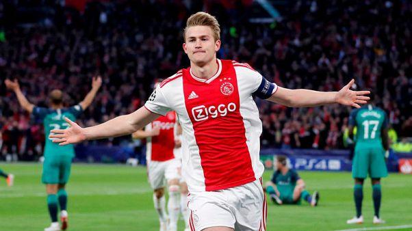Juventus confirm de Ligt signing from Ajax