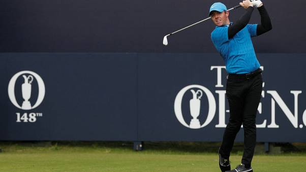 Nightmare Open start for McIlroy after eight on first