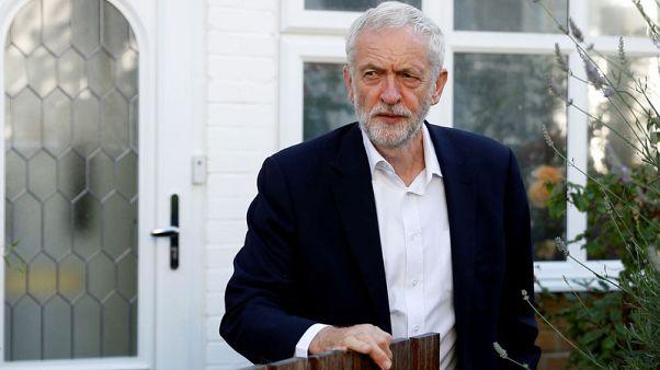 بي.بي.سي: لوردات حزب العمال مستعدون للتصويت على سحب الثقة من زعيم الحزب