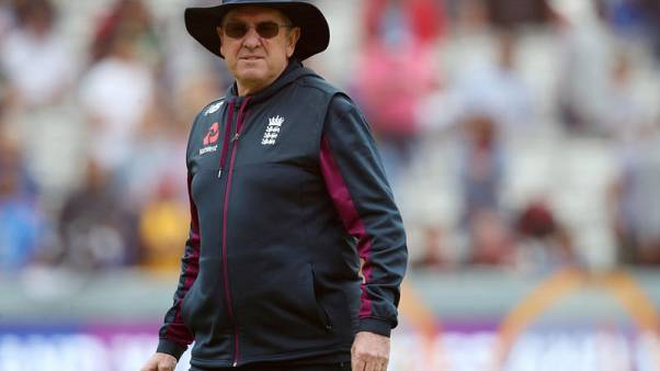 World Cup-winner Bayliss to coach IPL's Sunrisers Hyderabad after Ashes