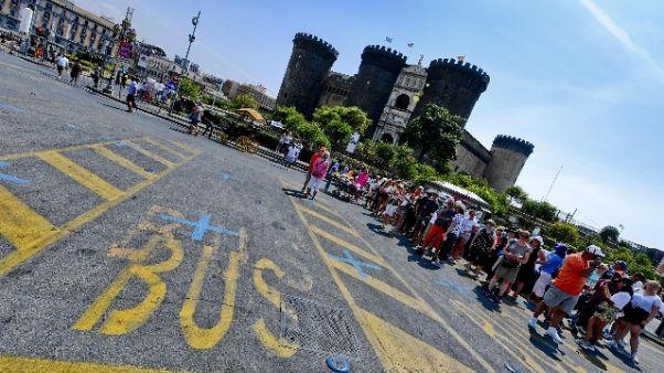 Boom turisti Napoli,file record per tour