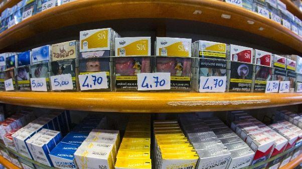 Sigarette a minori,'sospesa' tabaccheria