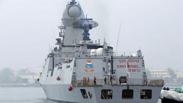 سفن الهند الحربية تبقى لفترة أطول بالخليج دون أن تنضم للتحالف الأمريكي