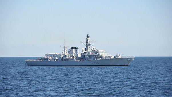 بيان: البحرية الأمريكية تبحث عن بحار مفقود في بحر العرب