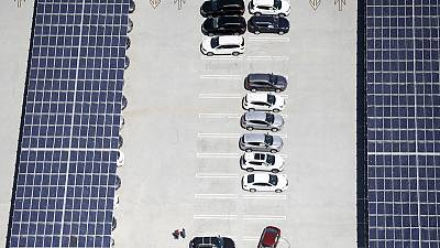 Expiring US solar subsidy spurs rush for panels