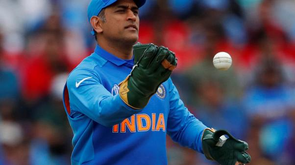 India's selectors face questions over Dhoni, number four batsman