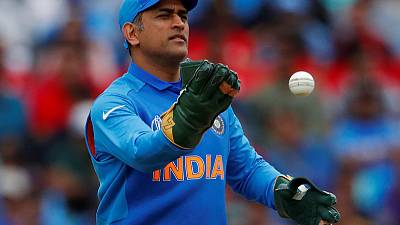 Cricket - Indian selectors bet on Pant as Dhoni's future remains unclear