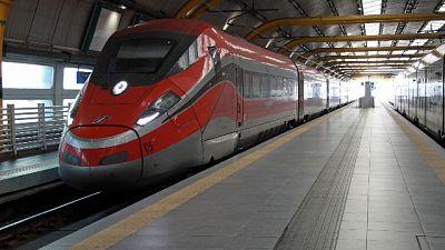 Stop treni tra Roma e Firenze