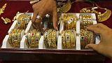 توترات إيران ترفع الذهب لكن صعود الدولار يحد من المكاسب