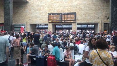 Caos treni, a Firenze folla in stazione