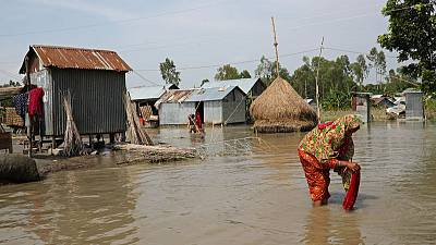 Death toll from India, Nepal, Bangladesh floods jumps to over 300