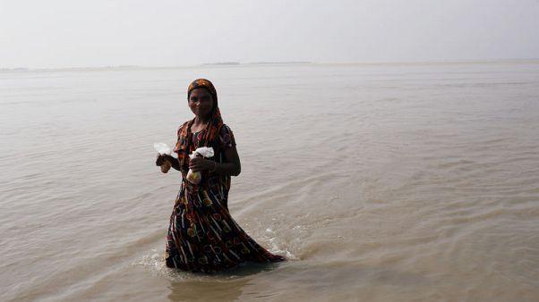 عدد القتلى بسبب السيول في الهند ونيبال وبنجلادش يتجاوز 300