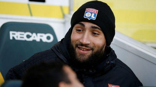 Lyon skipper Nabil Fekir moves to Real Betis