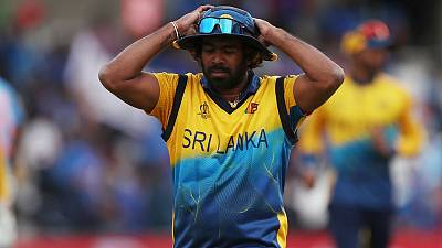 Malinga to retire from ODIs after first Bangladesh match