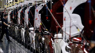 China's BAIC buys 5% Daimler stake to cement alliance