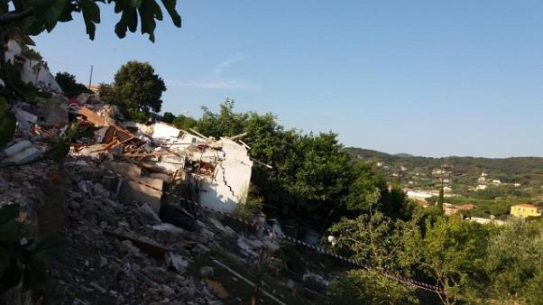 Esplode palazzina Elba: dispersa è morta