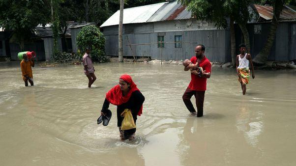 مقتل 61 على الأقل في بنجلادش و100 في نيبال بسبب السيول خلال أسبوعين