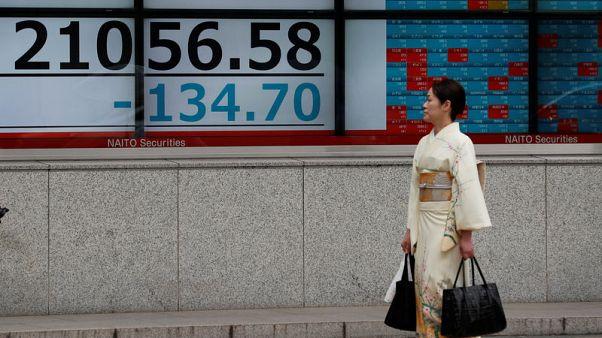 أسهم اليابان تصعد لذروة أسبوعين ونصف بدعم آمال التجارة ومكاسب الرقائق