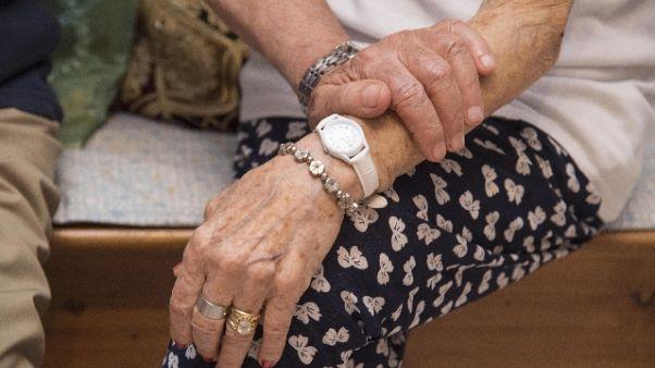 Istat,più centenari,raddoppiano over 110