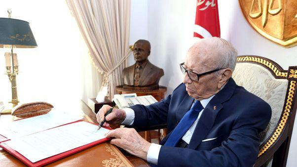 وفاة رئيس تونس السبسي عن 92 عاما ورئيس البرلمان يؤدي اليمين رئيسا مؤقتا