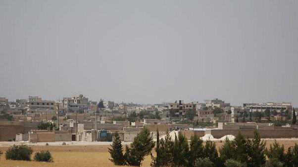 قادة عسكريون أتراك يبحثون عملية محتملة في سوريا