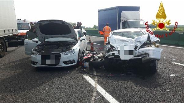 Istat, meno morti in incidenti stradali
