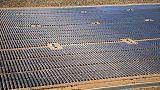 تقرير: قدرات الطاقة الشمسية العالمية الجديدة ترتفع لمستوى قياسي هذا العام