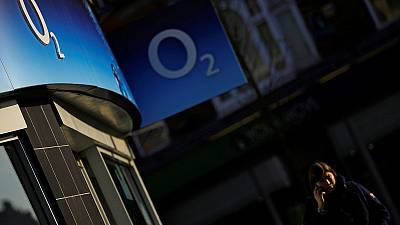 Britain's O2 to launch 5G mobile network in October