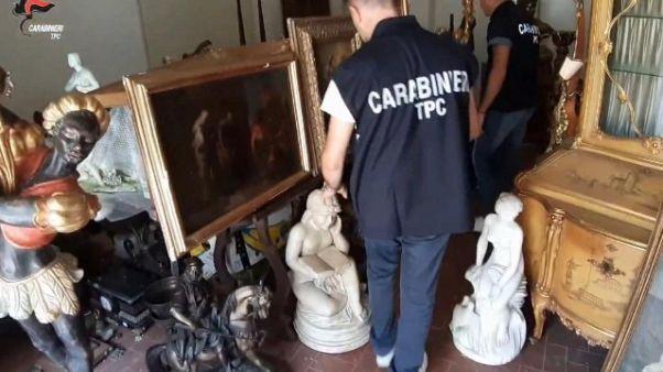 Ricettazione opere d'arte, 5 arresti