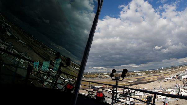عودة الرحلات الجوية في بريطانيا لطبيعتها بعد مشكلات في المراقبة الجوية