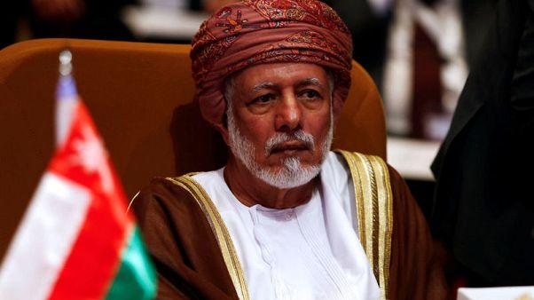 وزير عماني: السلطنة وإيران تتعاونان في تنظيم حركة المرور بمضيق هرمز